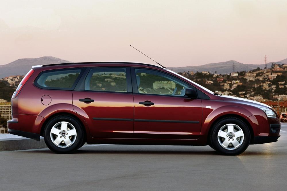 Ford Focus 2 поколение универсал 5-дв.