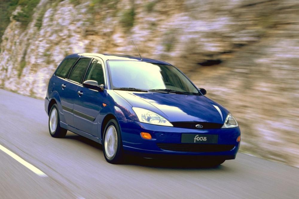 Ford Focus 1 поколение универсал 5-дв.