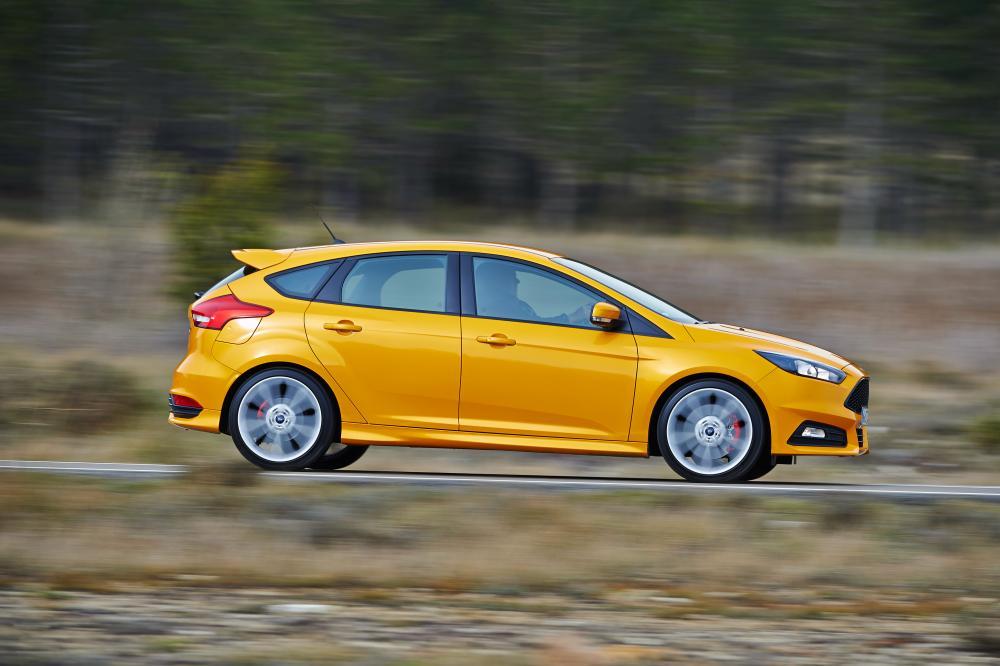 Ford Focus 3 поколение рестайлинг ST хетчбэк 5-дв.