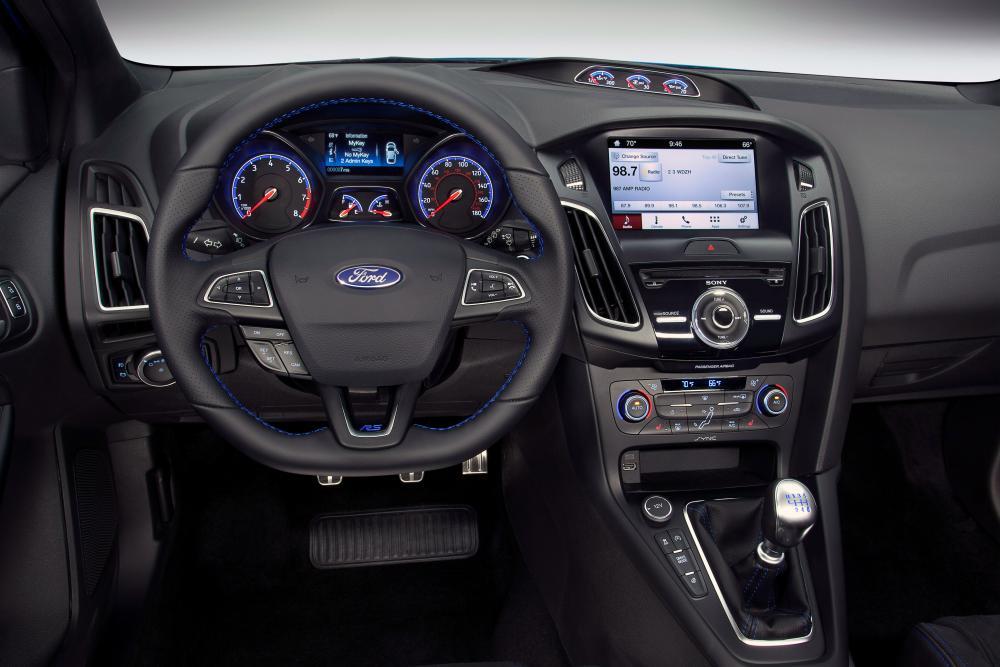 Ford Focus 3 поколение рестайлинг RS хетчбэк 5-дв.