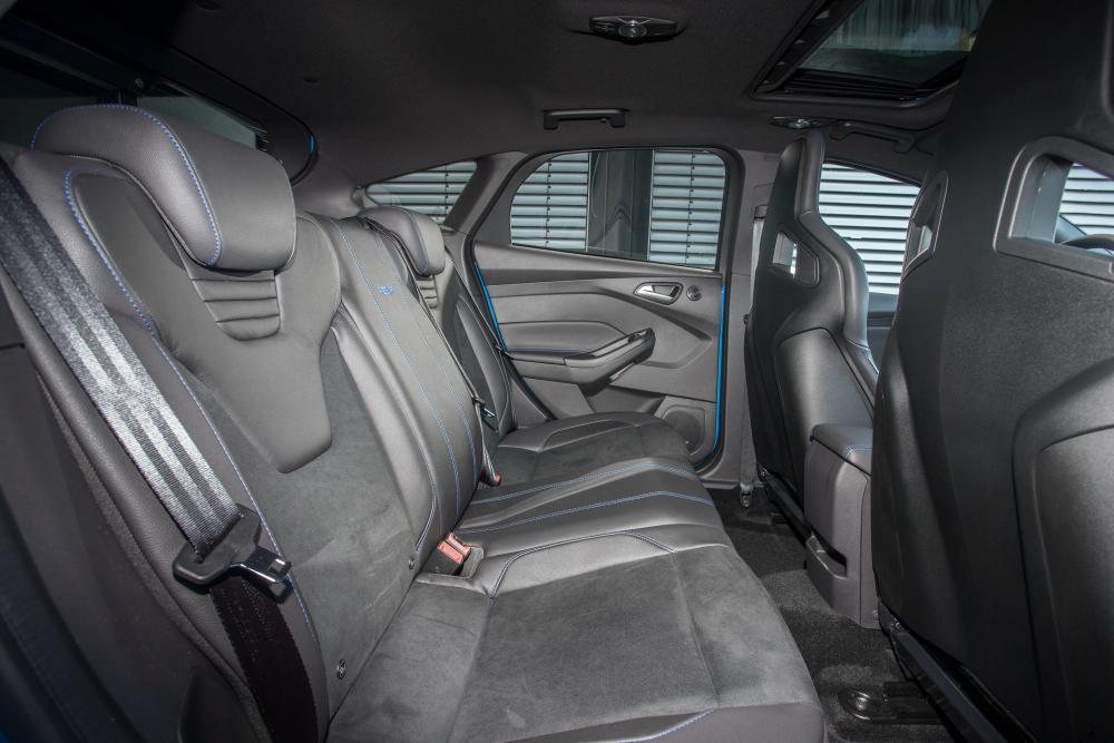 Ford Focus 3 поколение рестайлинг RS хетчбэк 5-дв. интерьер