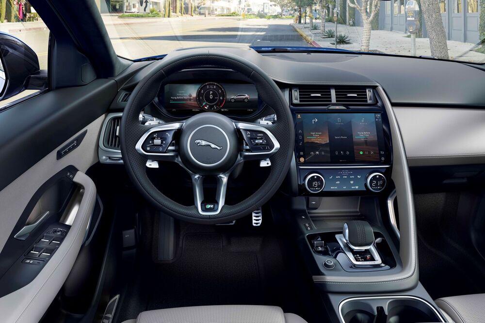 Jaguar E-Pace 1 поколение [рестайлинг] (2020) Внедорожник 5 дв. интерьер