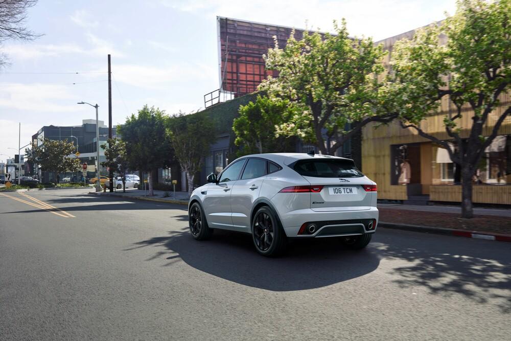 Jaguar E-Pace 1 поколение [рестайлинг] (2020) Внедорожник 5 дв.