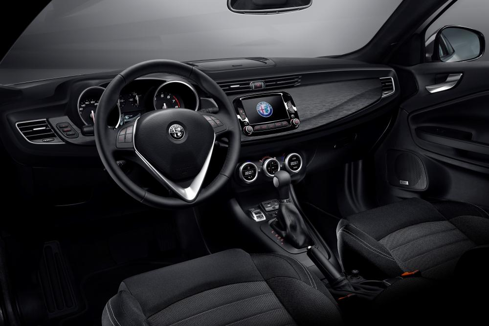 Alfa Romeo Giulietta 940 2-й рестайлинг интерьер