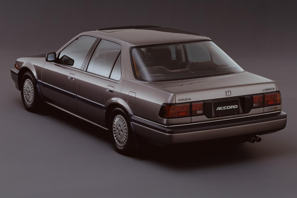 Honda Accord 3 поколение Седан