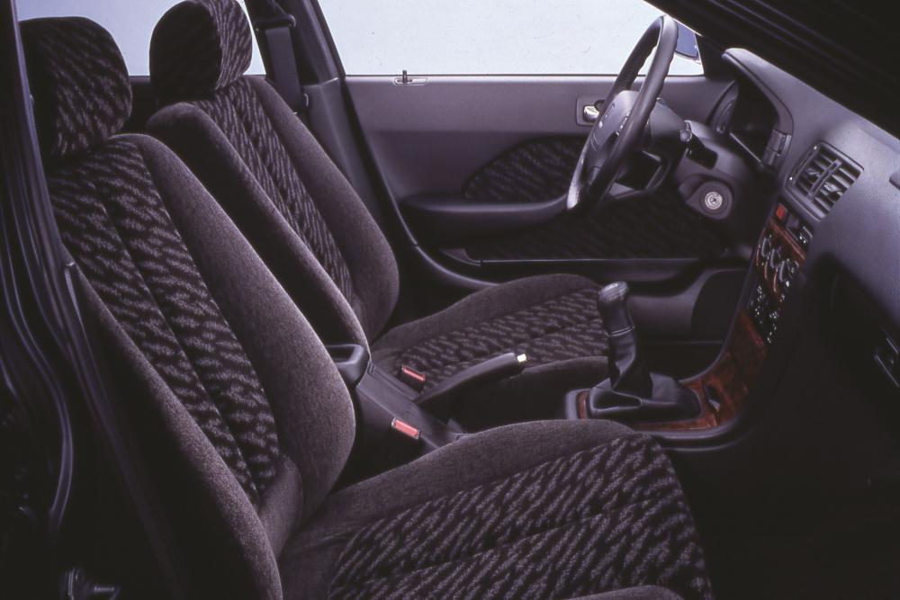 Honda Accord 5 поколение рестайлинг Седан