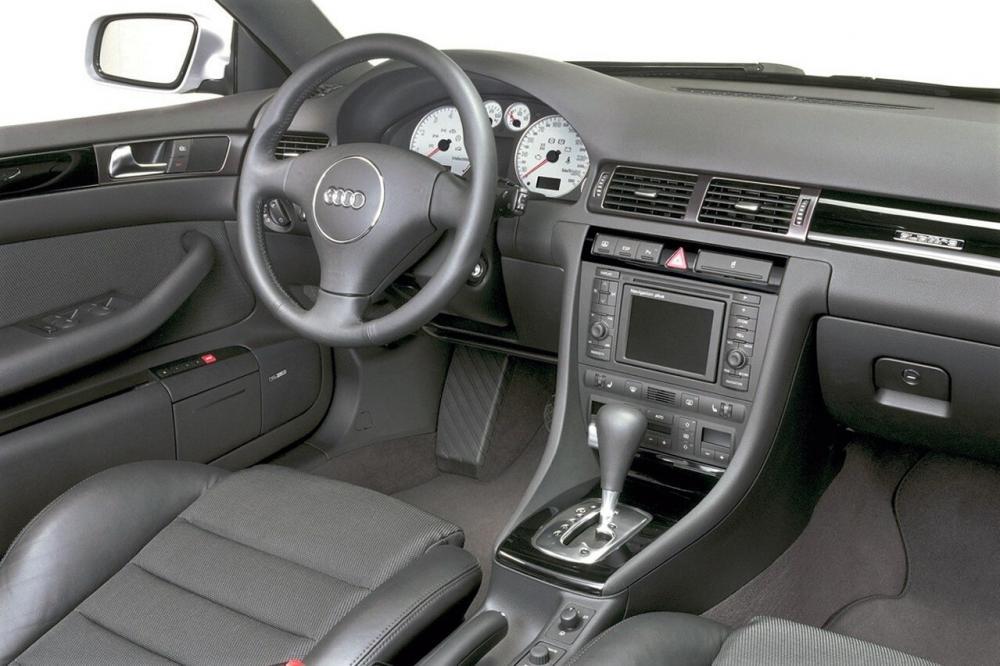 Audi A6 2 поколение 4B/C5 (1997-2001) Седан интерьер
