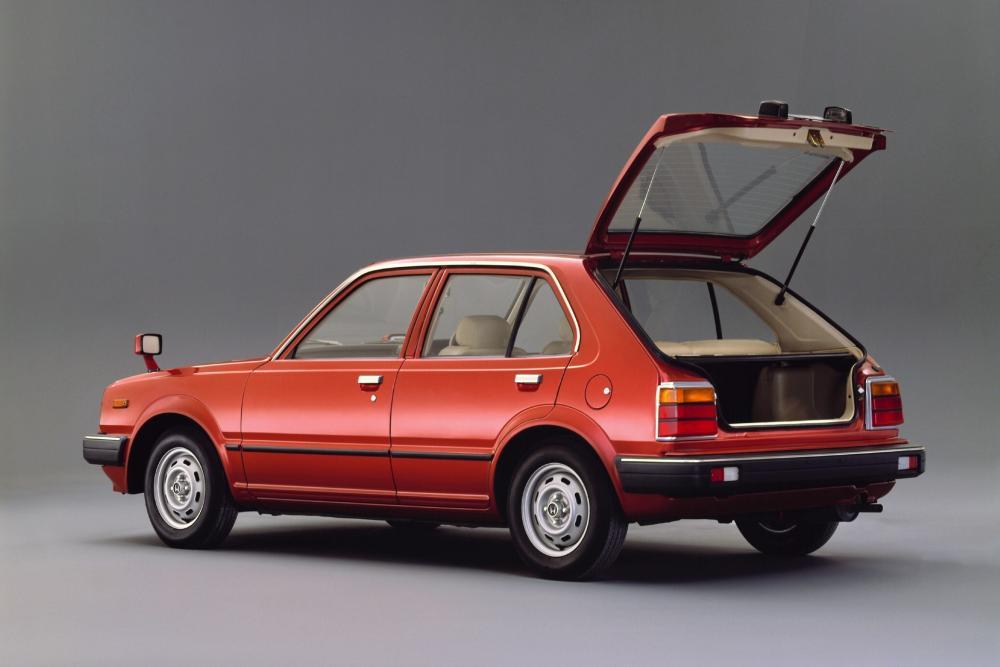 Honda Civic 2 поколение Хетчбэк 5-дв.