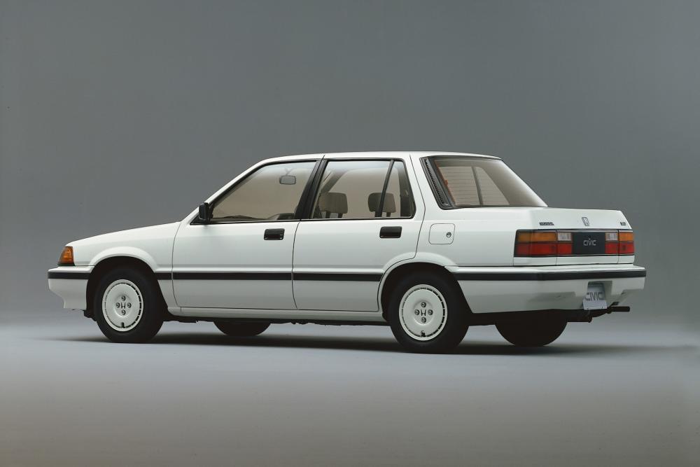 Honda Civic 3 поколение Седан