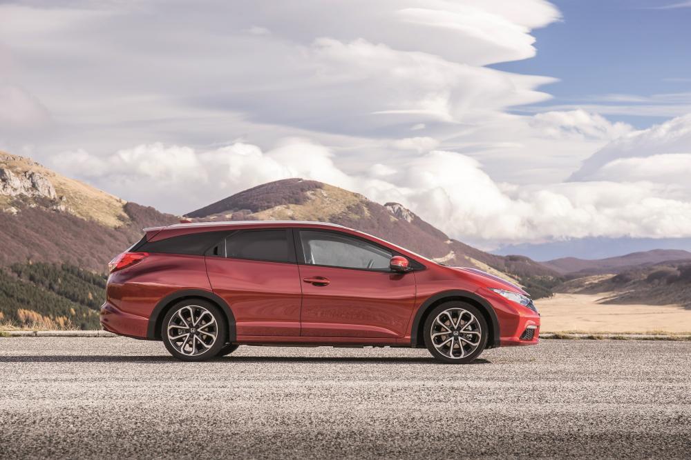 Honda Civic 9 поколение рестайлинг Tourer универсал