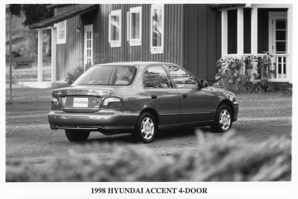 Hyundai Accent 1 поколение X3 [рестайлинг] (1997-1999) Седан