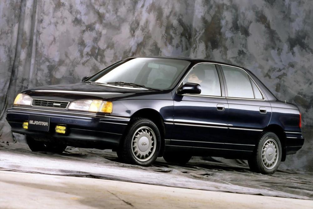 Hyundai Elantra 1 поколение J1 (1990-1993) Седан