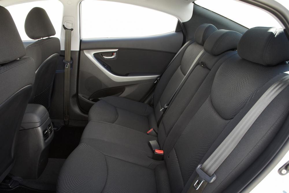 Hyundai Elantra MD рестайлинг Седан интерьер