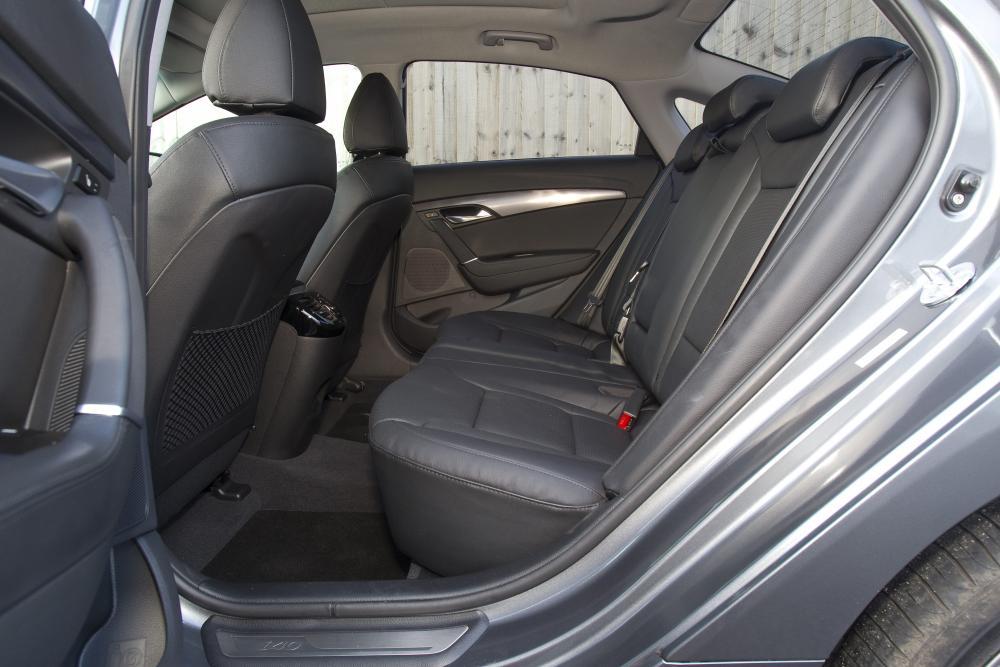 Hyundai i40 1 поколение VF Седан интерьер
