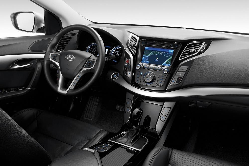 Hyundai i40 1 поколение VF Универсал интерьер