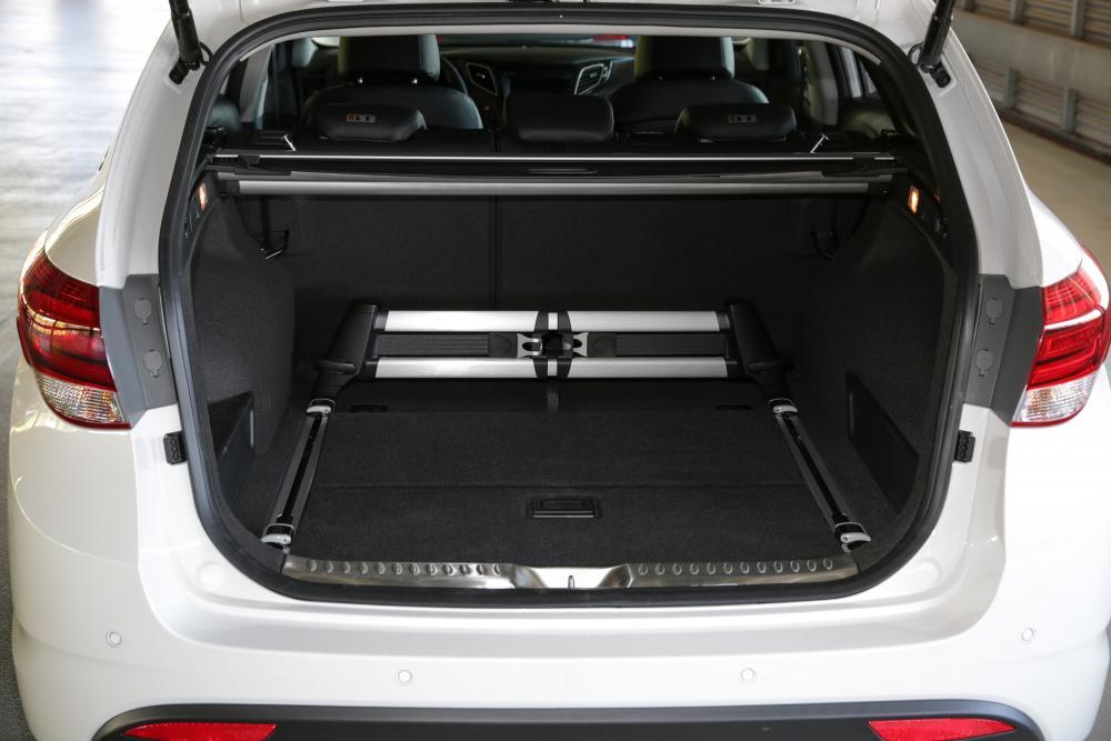 Hyundai i40 1 поколение VF рестайлинг Универсал багажник