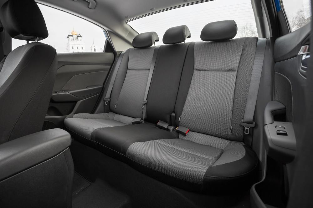 Hyundai Solaris 2 поколение (2017) Седан интерьер