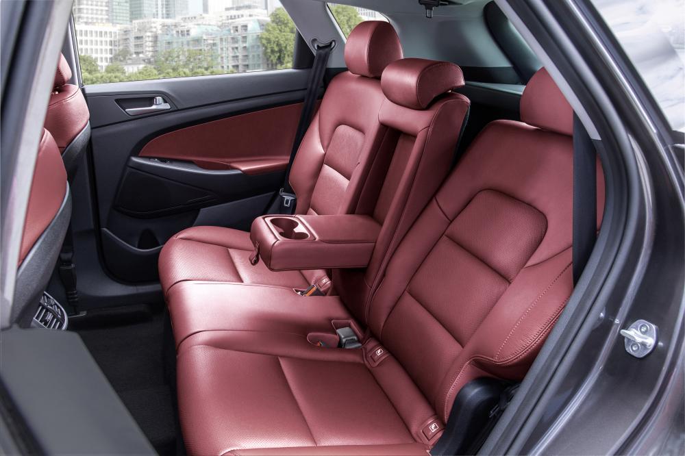 Hyundai Tucson 3 поколение (2015-2018) Кроссовер интерьер
