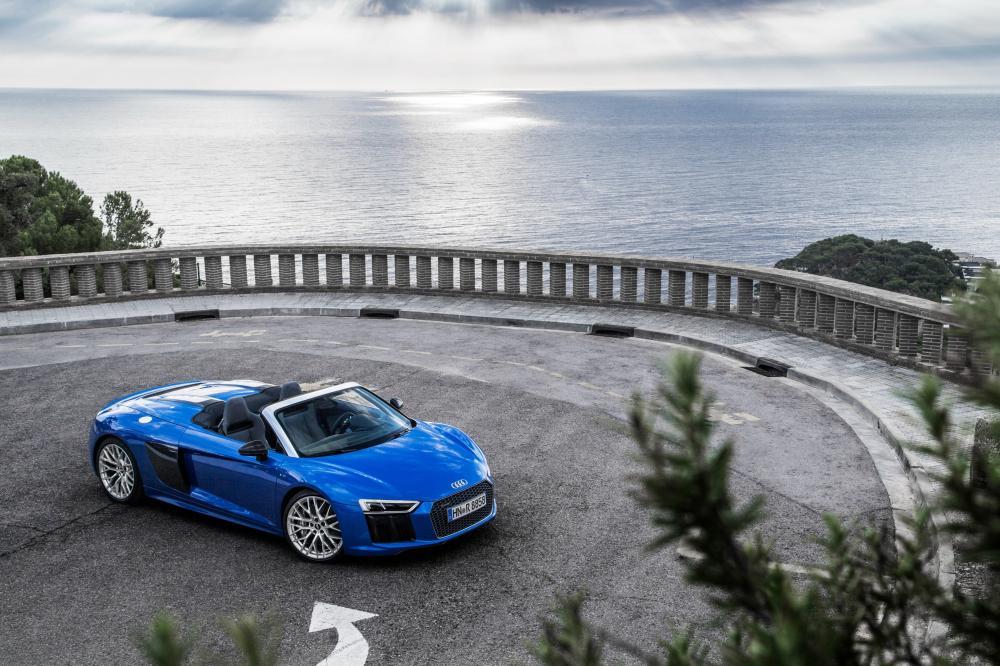 Audi R8 2 поколение (2015-2018) Spyder родстер