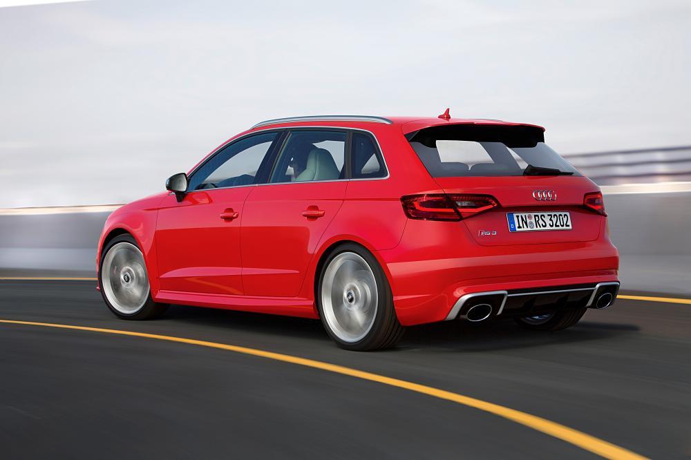 Audi RS 3 8VA (2015-2016) Sportback хетчбэк