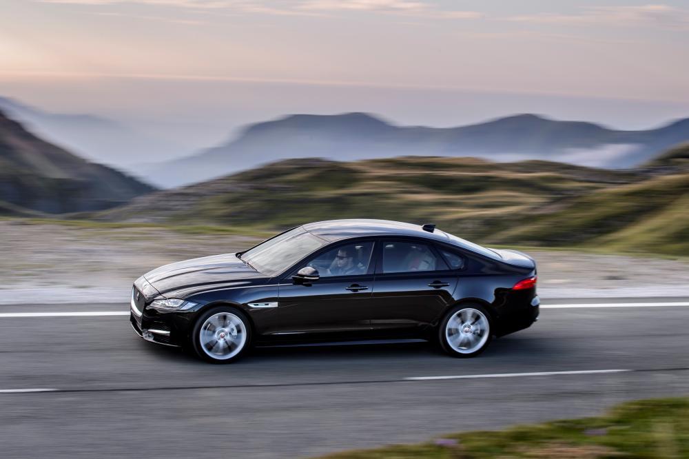 Jaguar XF 2 поколение X260 (2015-2021) Седан