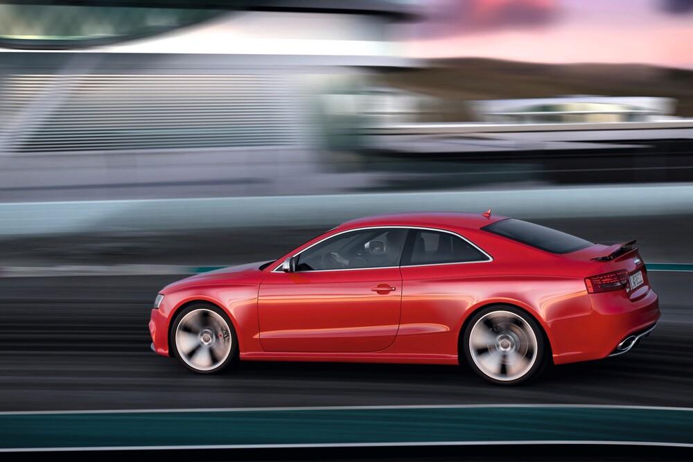 Audi RS 5 1 поколение 8T (2010-2012) Купе