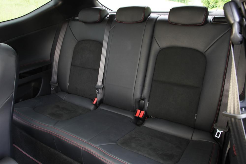 Kia Cee'd Pro_cee'd GT хетчбэк 3-дв. 2 поколение