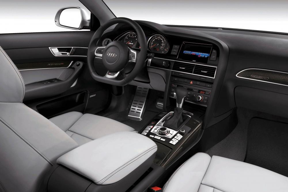 Audi RS 6 C6 Универсал интерьер