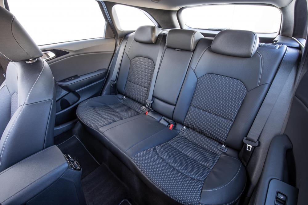Kia Cee'd 3 поколение (2018) Sportswagon универсал интерьер