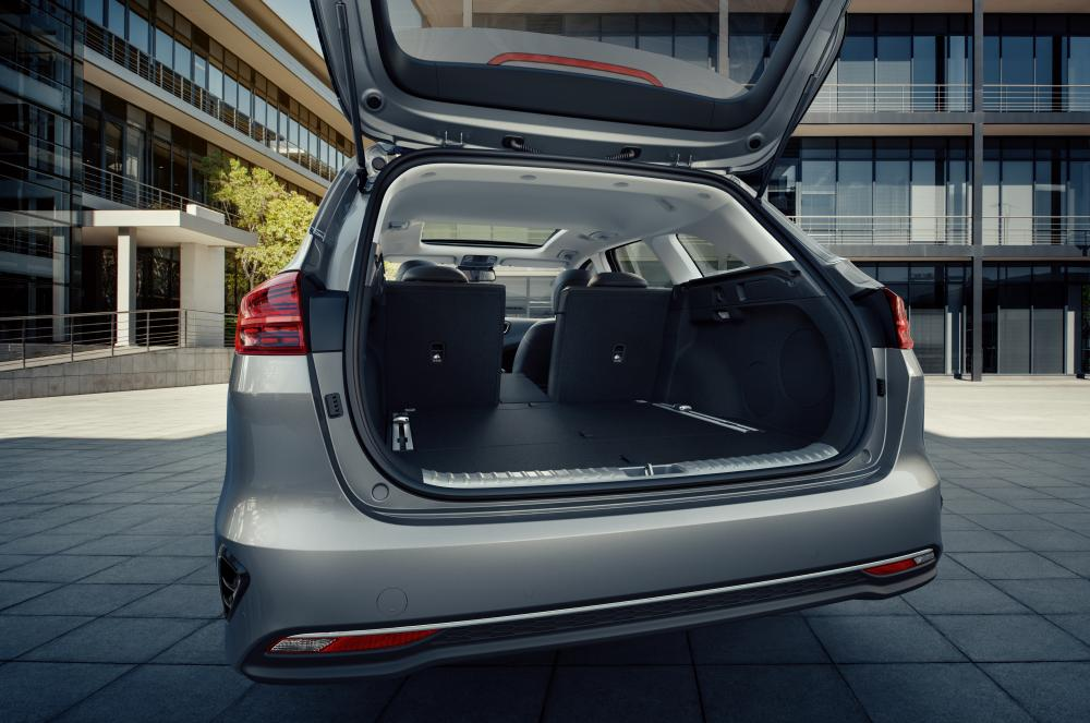Kia Cee'd 3 поколение (2018) Sportswagon универсал багажник