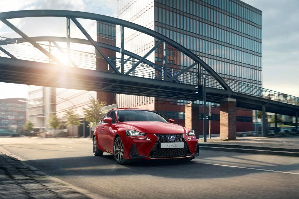 Lexus IS 3 поколение XE30 рестайлинг