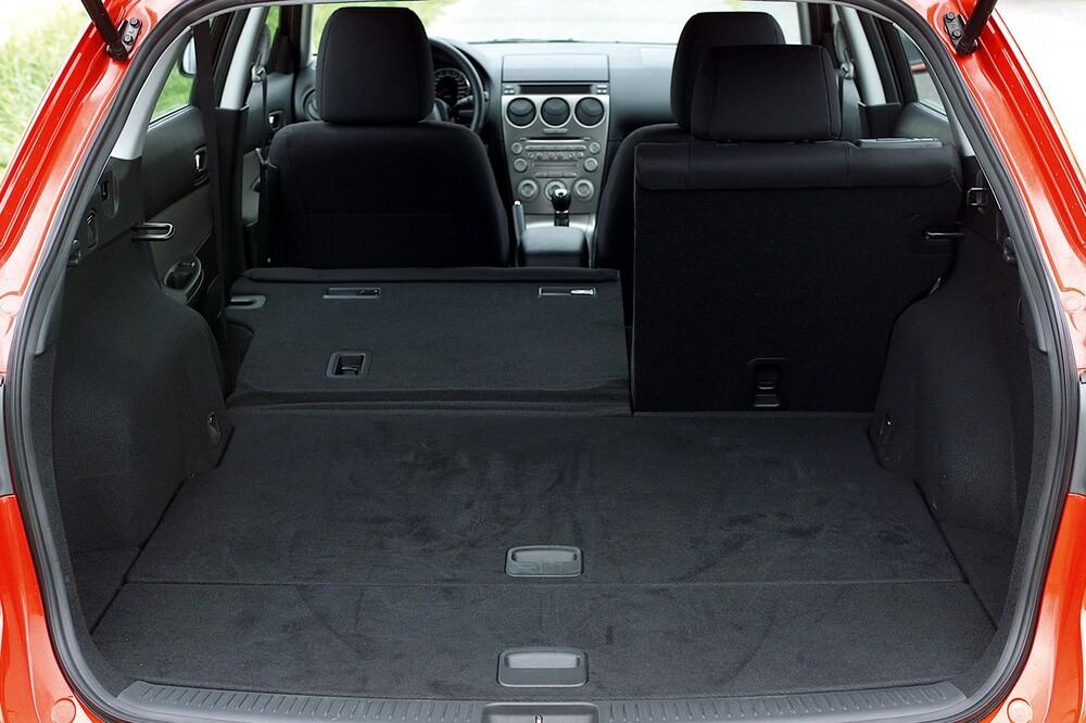 Mazda 6 1 поколение GG (2002-2005) Универсал багажник