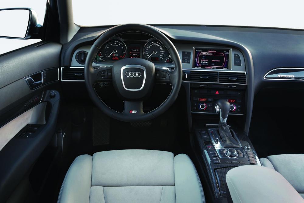 Audi S6 C6 (2006-2008) Седан интерьер