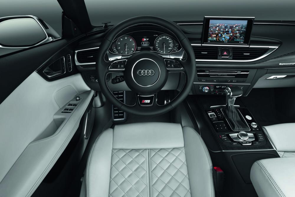 Audi S7 4G (2012-2014) Sportback лифтбэк интерьер