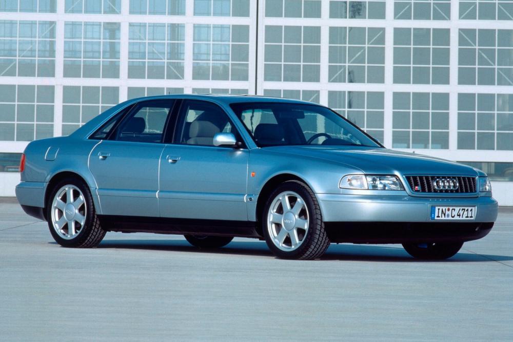 Audi S8 D2 (1996-2002) Седан