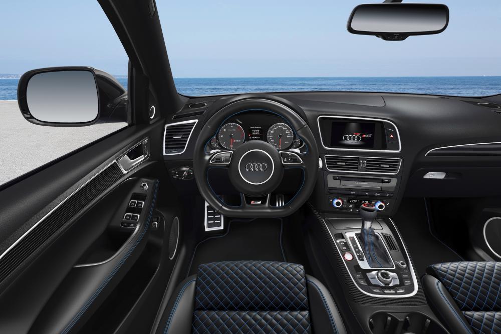 Audi SQ5 1 поколение 8R интерьер