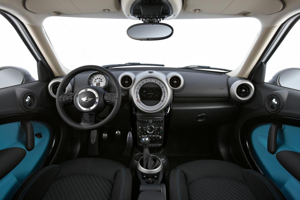Mini Countryman 1 поколение R60 Cooper интерьер