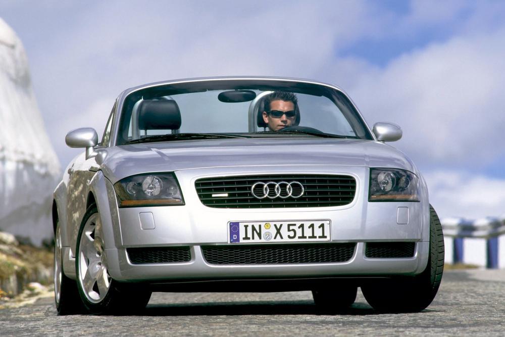Audi TT 1 поколение 8N (1999-2003) Родстер