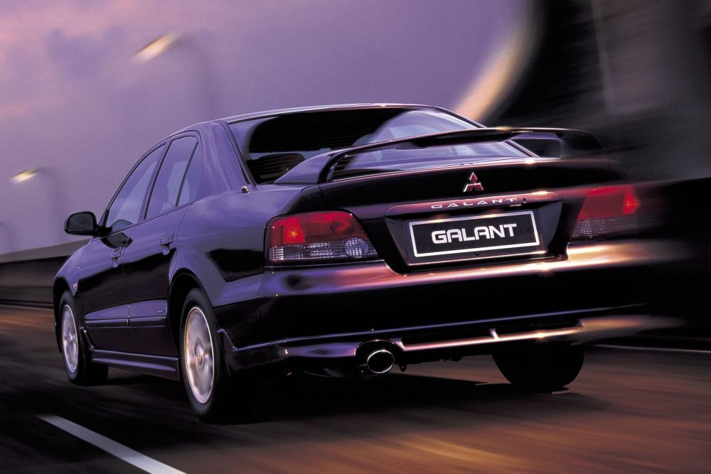 Mitsubishi Galant 8 поколение Седан