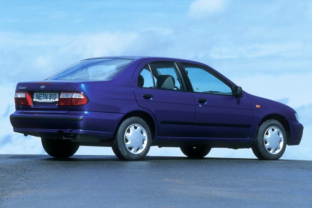 Nissan Almera 1 поколение N15 [рестайлинг] (1998-2000) Седан