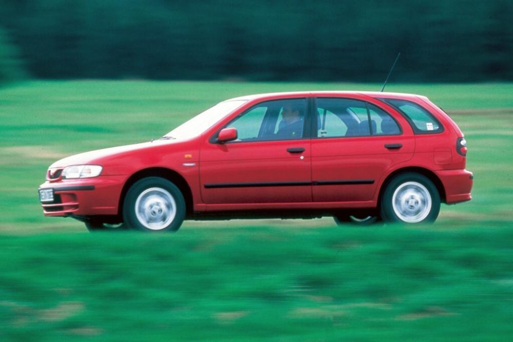 Nissan Almera 1 поколение N15 [рестайлинг] (1998-2000)