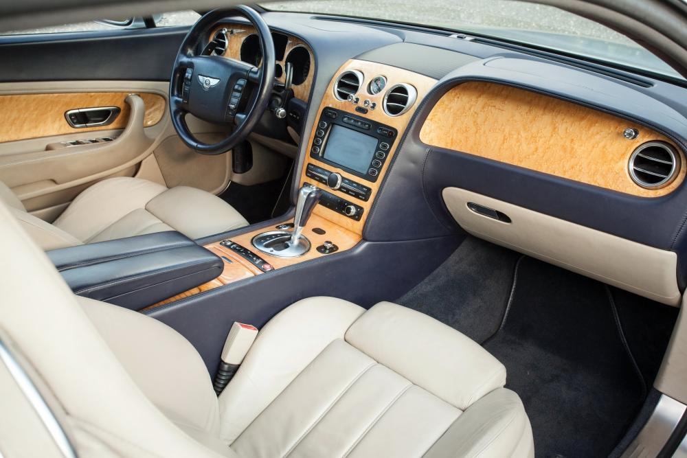 Bentley Continental GT 1 поколение Купе 2-дв. интерьер