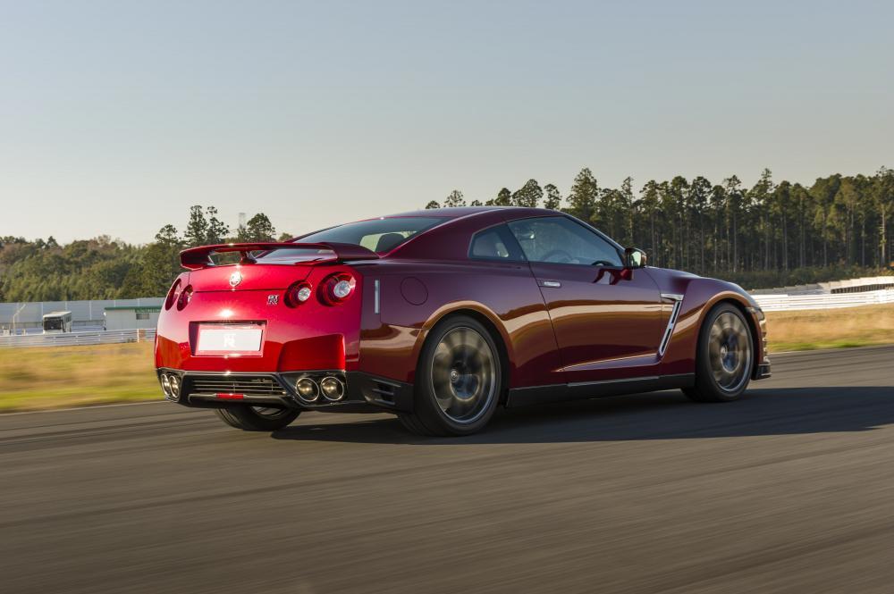 Nissan GT-R R35 [2-й рестайлинг] (2014-2016) Купе