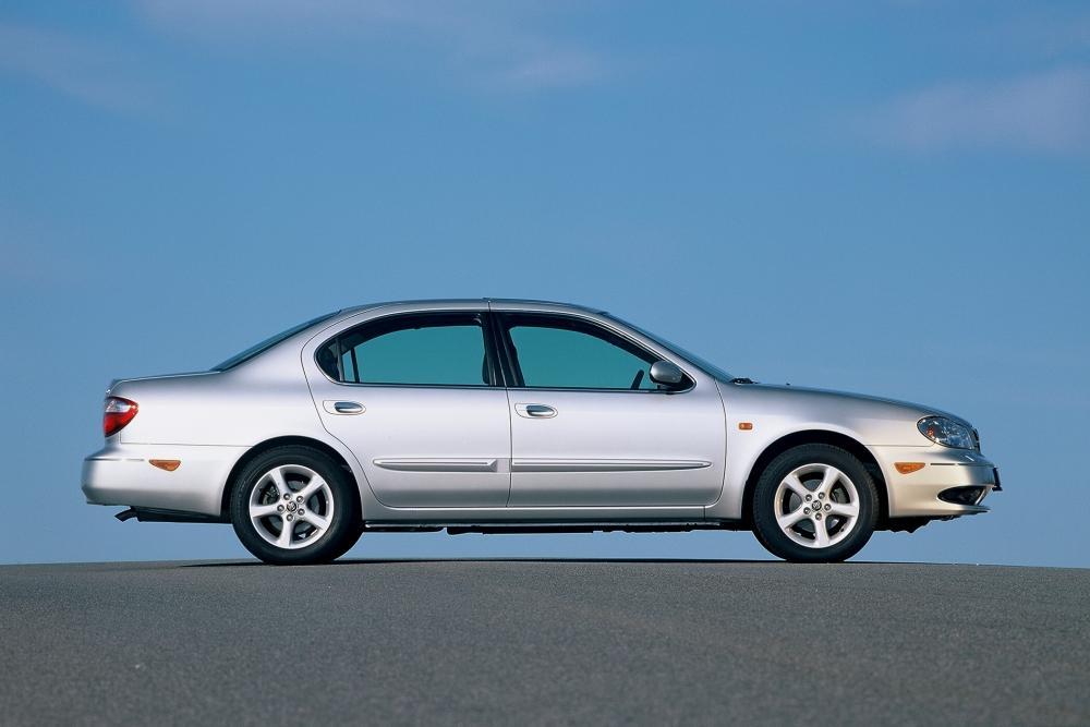 Nissan Maxima 5 поколение A33 (2000-2005) Седан