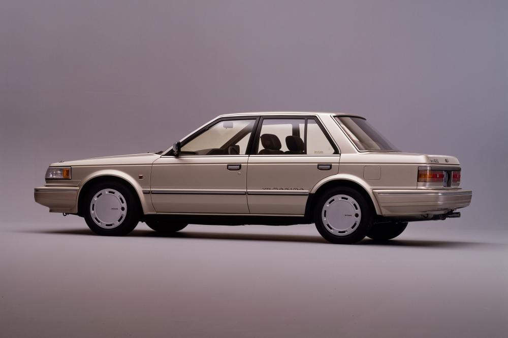 Nissan Maxima U11 (1984-1988) Седан