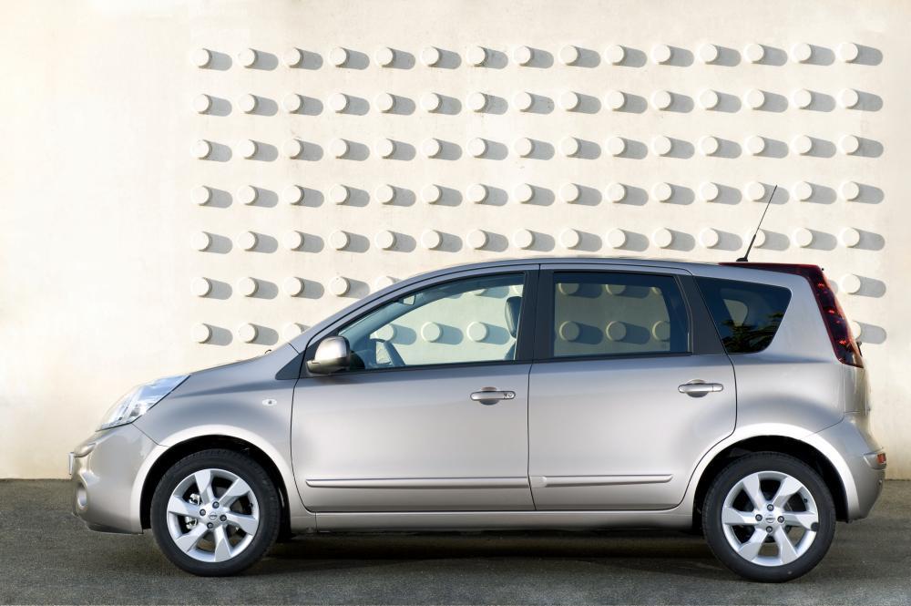Nissan Note 1 поколение E11 [рестайлинг] (2009-2014) Хетчбэк