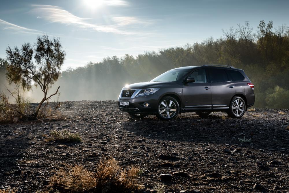 Nissan Pathfinder 4 поколение R52
