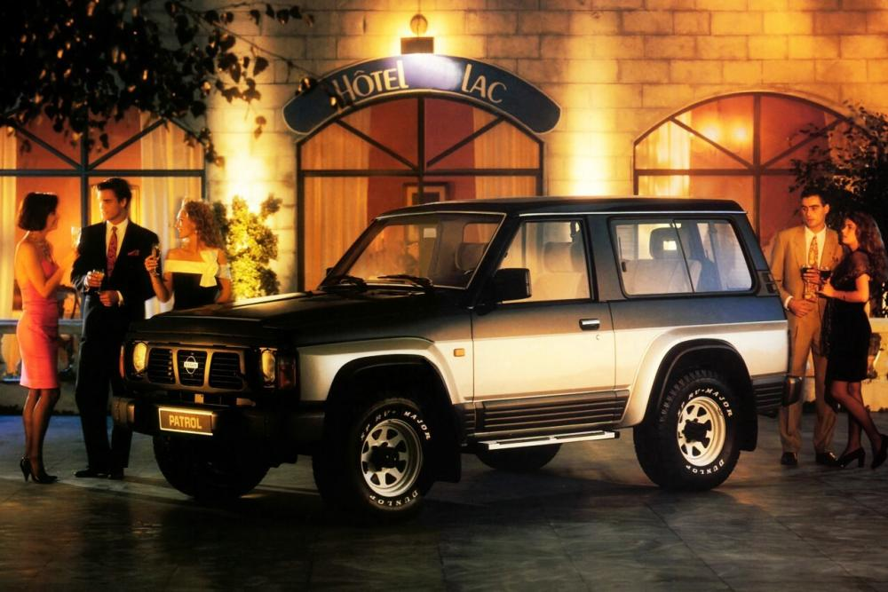 Nissan Patrol 4 поколение Y60 Внедорожник 3-дв.