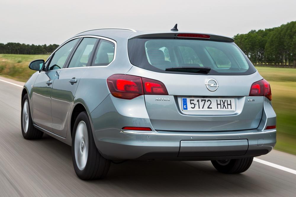 Opel Astra J [рестайлинг] (2011-2018) Sports Tourer универсал 5-дв.