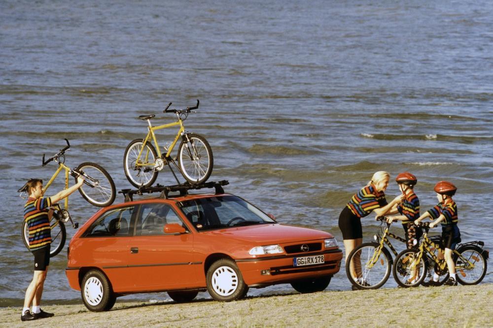 Opel Astra 1 поколение F [рестайлинг] (1994-1998) Хетчбэк 3-дв.